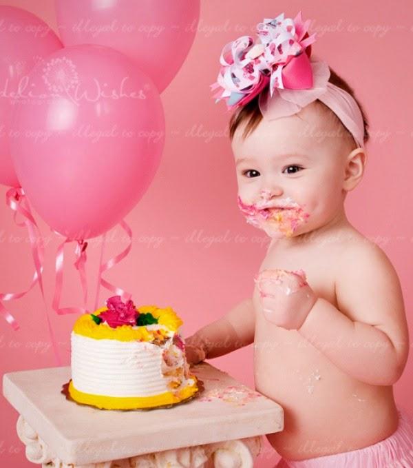 Gambar ulang tahun pertama anak