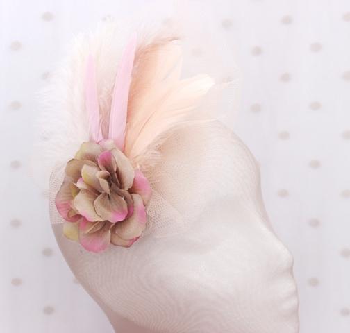 Colección La Playa - Tocado Tul Rosa flor