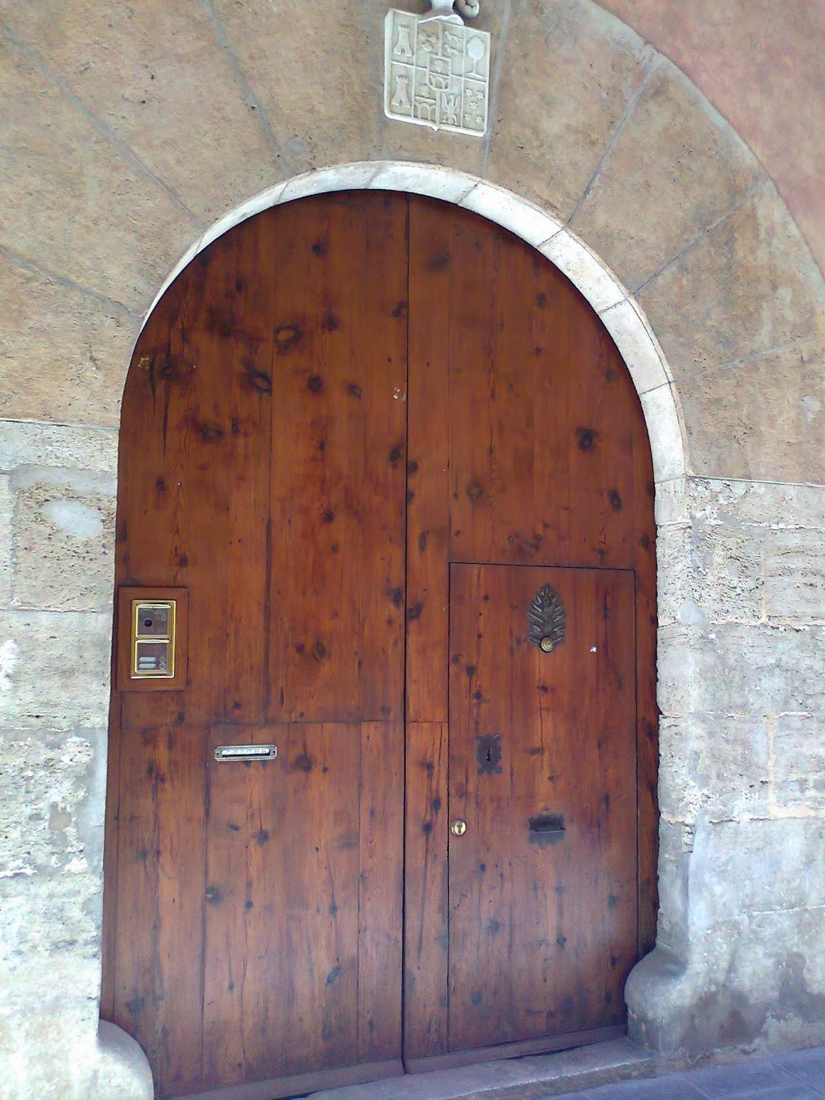 Puertas de valencia mayo 2014 - Portones de madera antiguos ...