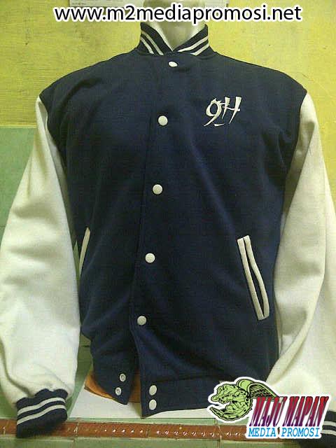 Pembuatan Jaket Varsity Baseball