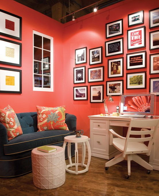 Design your dreams trendy color duo navy coral for Coral walls living room