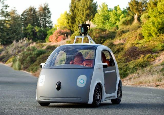 Google lanza su primer automóvil sin volante ni pedales