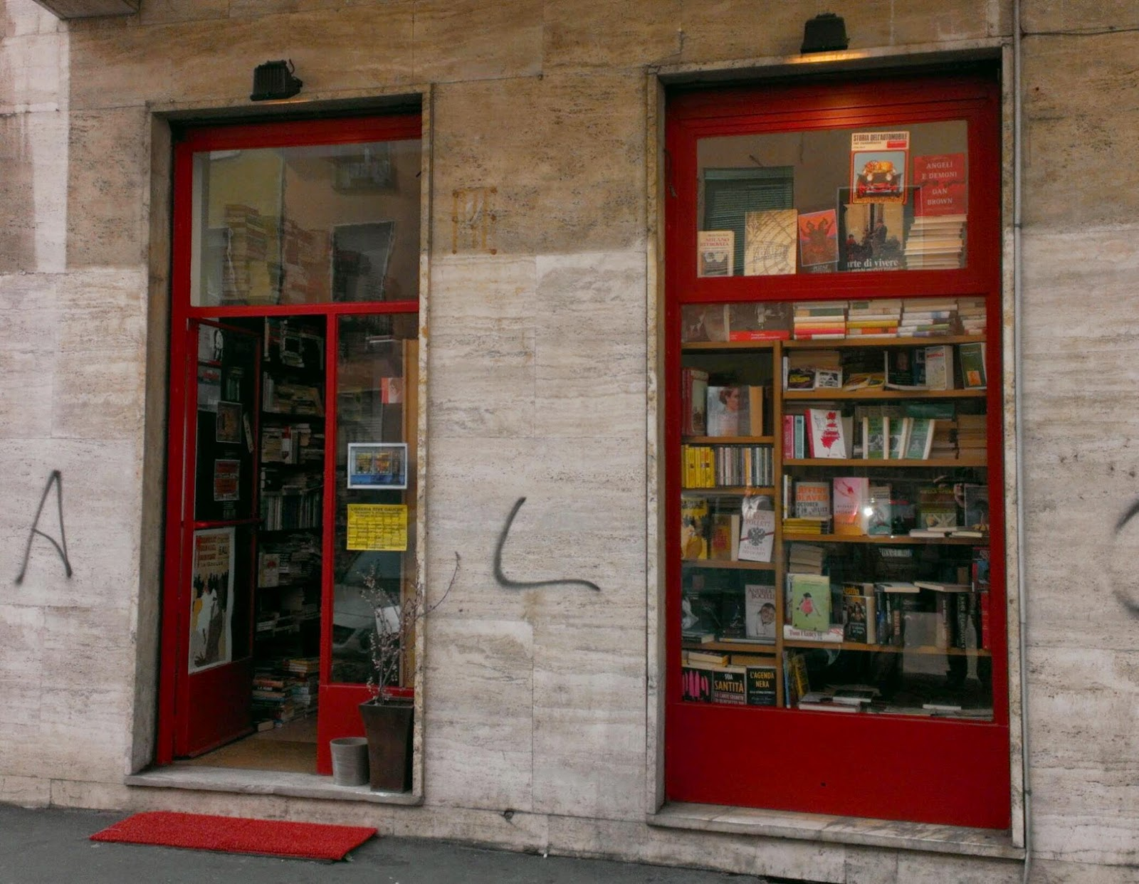 Libri librai e usato mai sfogliato rive gauche una for Librerie usato milano