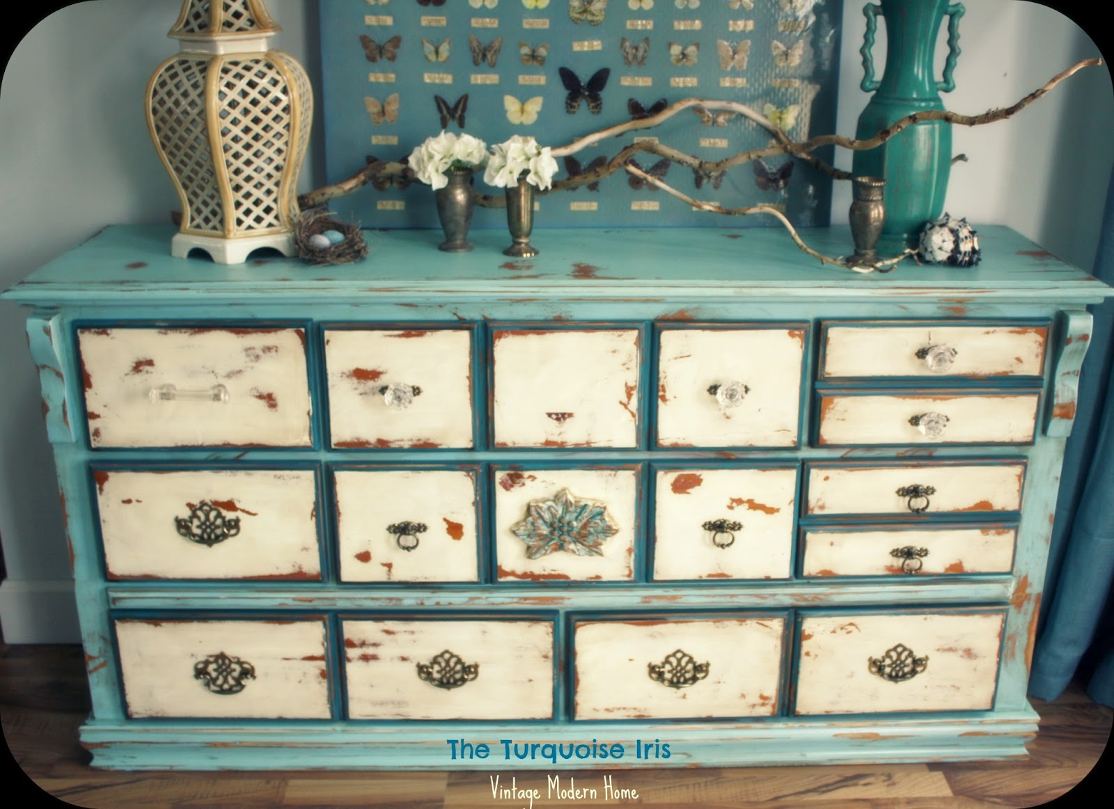 Vintage Distressed Dresser In Blue Creme