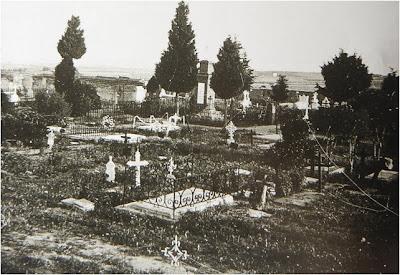 Leganes_imagenes_en_BN_cementerio_virgen_Butarque