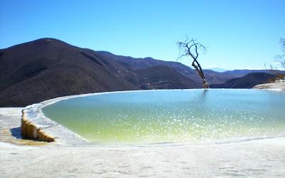 Piscina de sal Hierve el Agua - Oaxaca - México