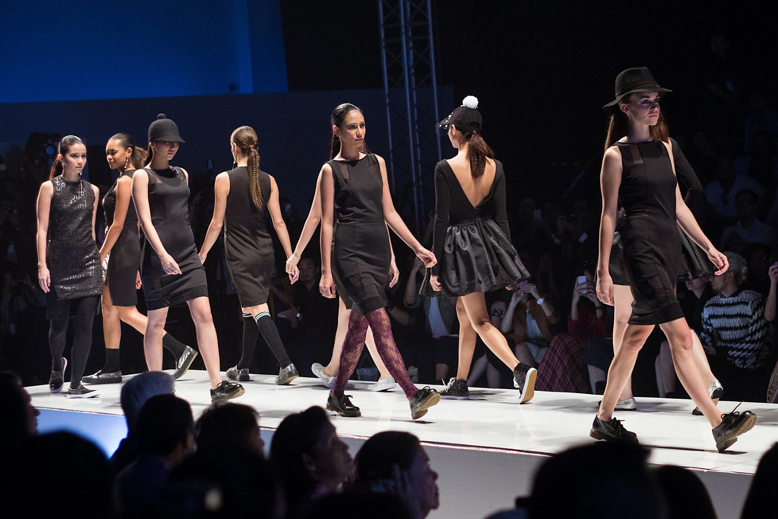 Girl About Town: Philippine Fashion Week 2014 day 3 ...