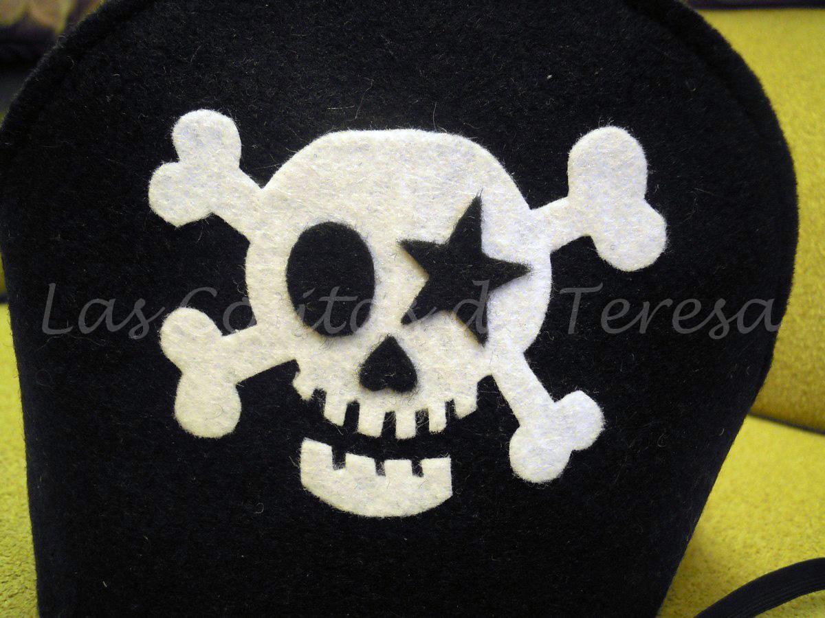 Las Cositas de Teresa: Gorro-corona pirata y parche de fieltro para ...