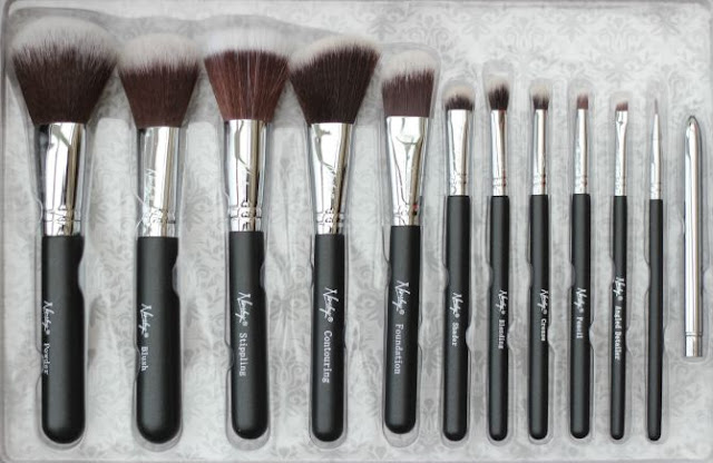 Nanshy Masterful makeup brushes in black onyx