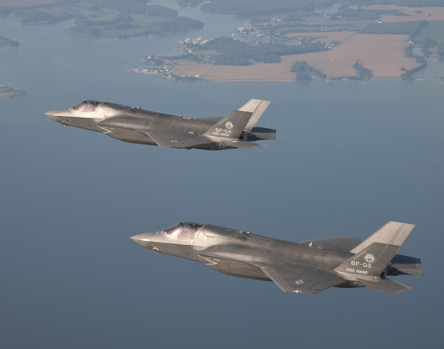 F-35 JSF formation flight