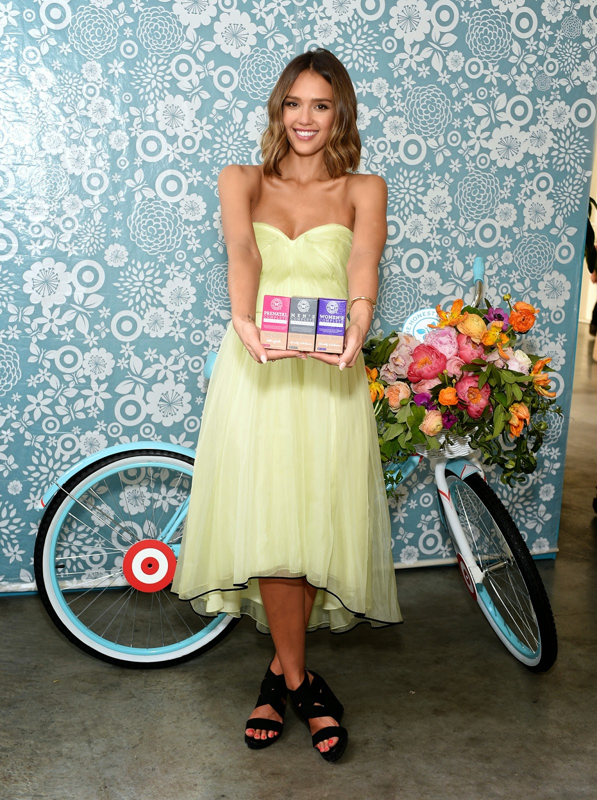 Actress @ Jessica Alba - The Honest Co. 1 Year Anniversary With Target