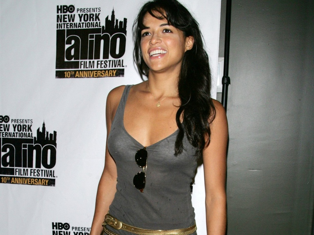 http://2.bp.blogspot.com/-fcQ2yGCek6s/UNzgodPoSLI/AAAAAAAAB0A/-Ls5DTFsUns/s1600/Michelle-Rodriguez-Wallpaper-michelle-rodriguez-25763584-1024-768.jpg