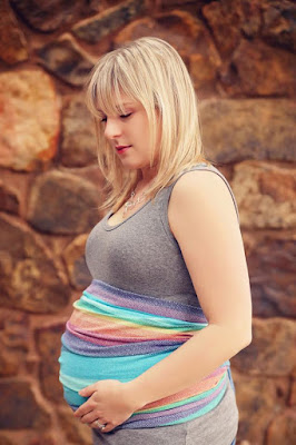 Belly wrapping girasol double rainbow ring sling