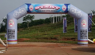http://www.wilujengbalon.com/produk-balon-iklan-promosi-event/balon-gate
