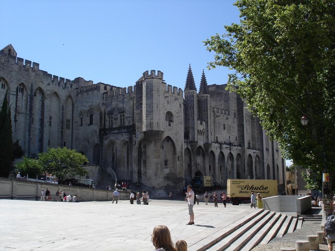 I Viaggi di Raffaella: Avignone la città dei Papi