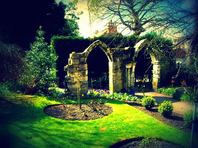gothic garden design ayanahouse