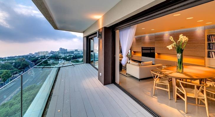 Balcony of Penthouse apartment in Haifa by Alex Menashe