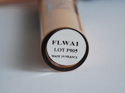 Консилер Atelier FLWA1