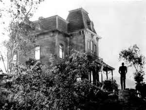 Haunting image of the house featured in Psycho