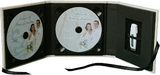 Estuche para 2 CD/DVD y 1 pendrive/USB abierto