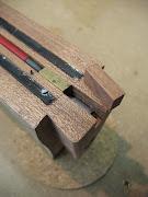 Bouw van OM gitaar 'EDEN'.: Hals (7) installatie 2weg verstelbare halspen .
