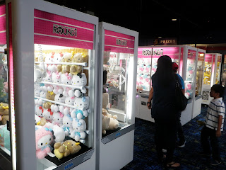 Round 1 UFO Catchers