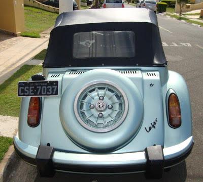 A roda do MP Lafer TI foi desenhada especialmente para esta versão, com clara referência aos modelos da Mercedes-Benz da época.