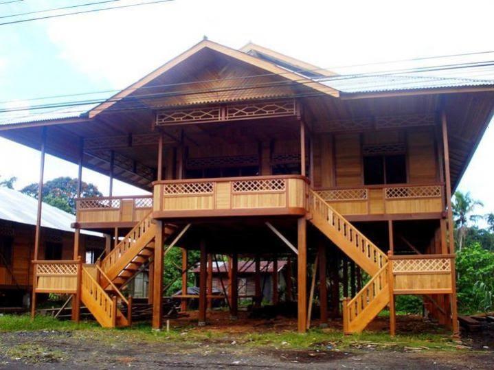 rumah panggung kayu sederhana