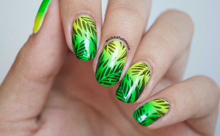 Nail Art | Estampado tropical. - Wicked Fullmoon