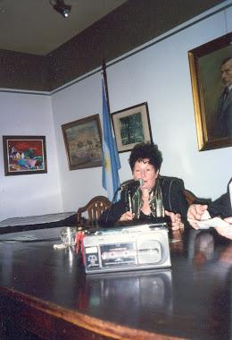 JUANA C.CASCARDO CIERRA ACTO
