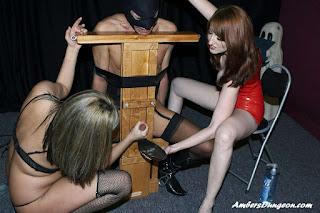 twerking girl - rs-FD57_fdb1_%2528141%2529-724927.jpg