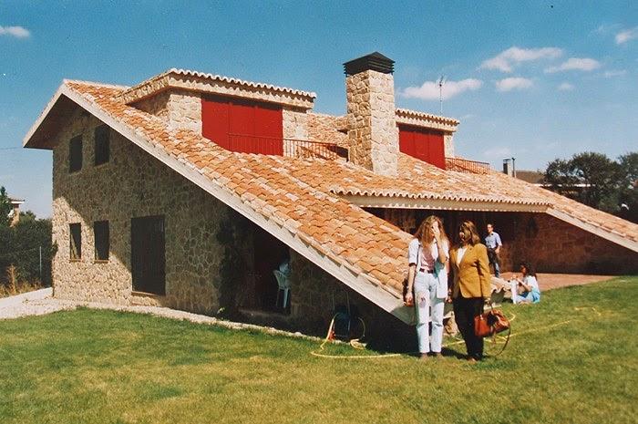 Fachadas de piedra fachadas de casas de piedra fotos for Imagenes de casa con techos de tejas