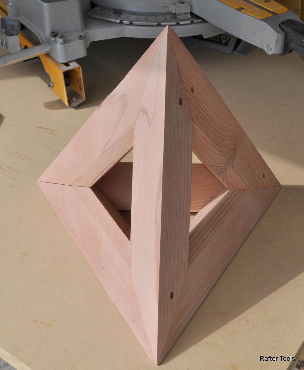 Tetrahedron Moled