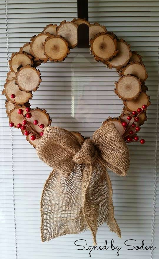 Christmas wood slice wreath