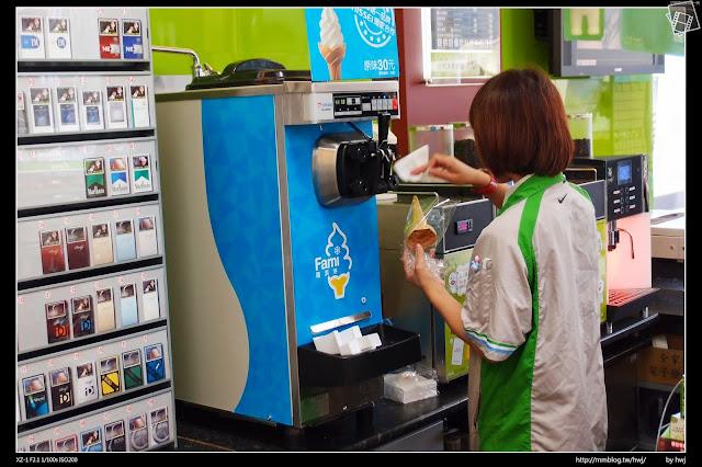 2013-07-19 南投名間-豬遊記(豬肉餡餅、蔥油餅)+全家冰淇淋