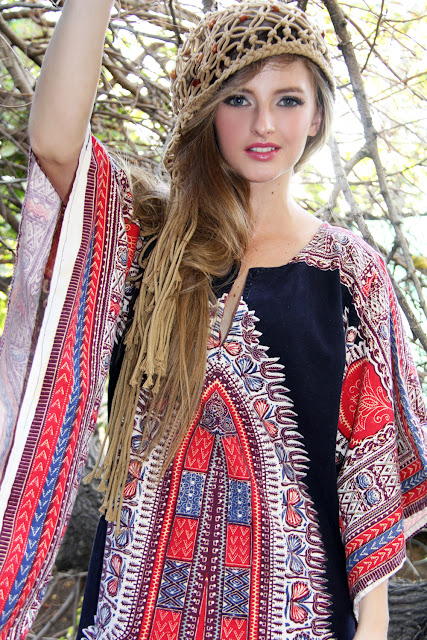 https://www.etsy.com/listing/100437555/1960s-dashiki-paisley-geometric-paisley?ref=shop_home_feat_4