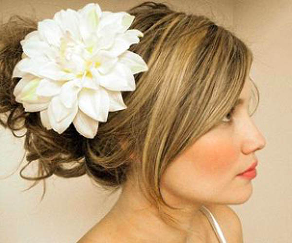 hairstyles: Perferct Wedding Updos Hairstyles with Hair Accessories