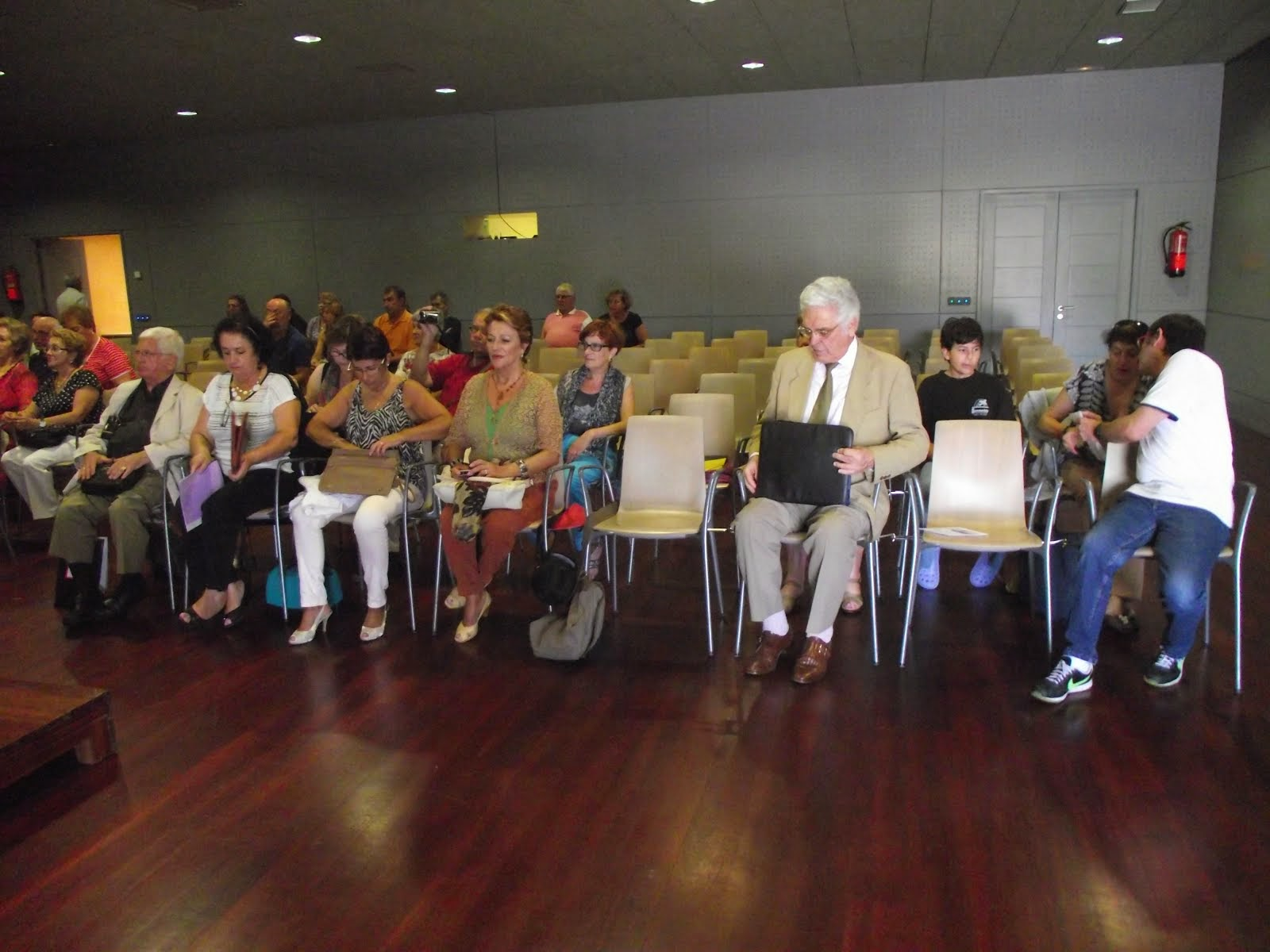 Homenaje a José Manuel Olveira Hortas en Vilagarcía