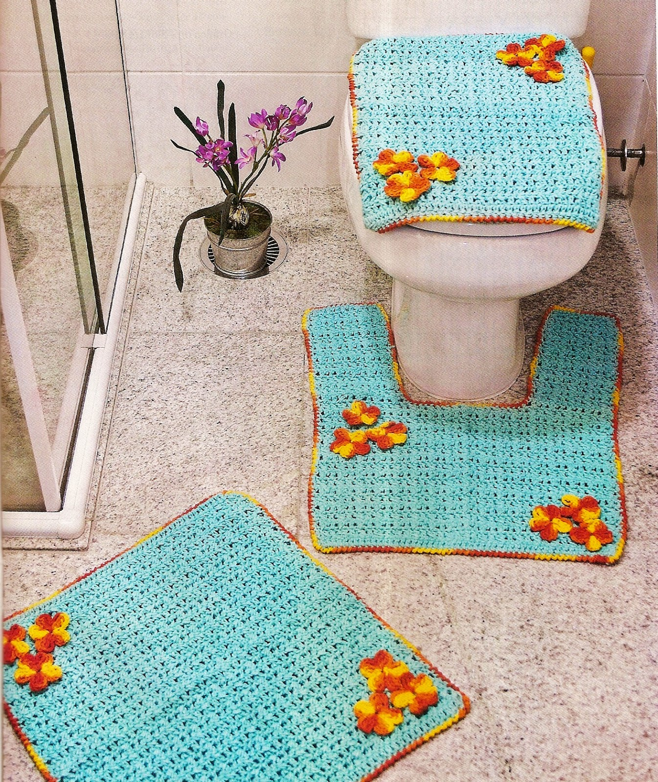CROCHE COM RECEITA: Tapetes em croche para banheiro azul com flores  #B46817 1345 1600