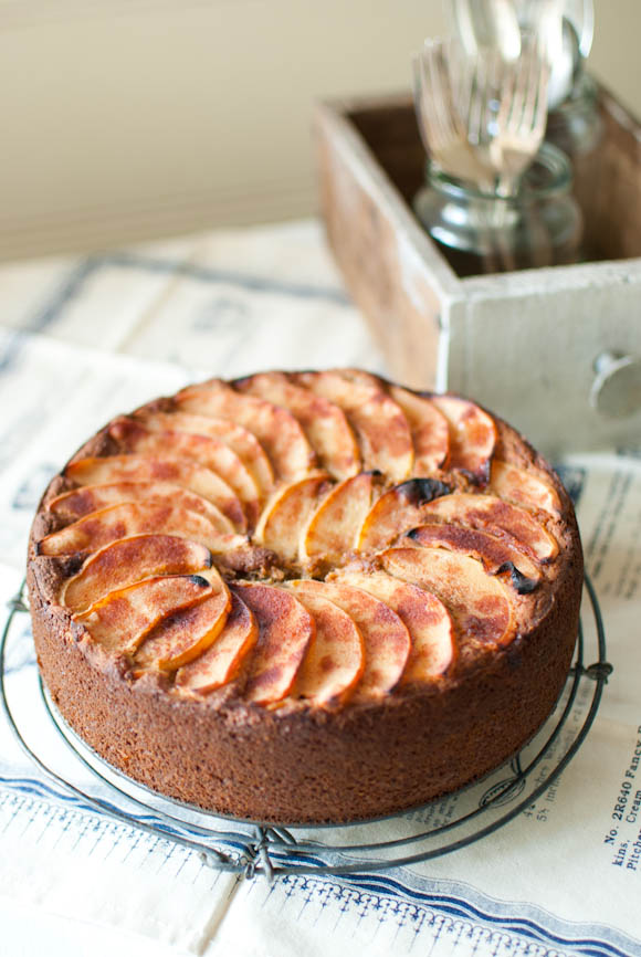 Quince, Pear and Apple Cake