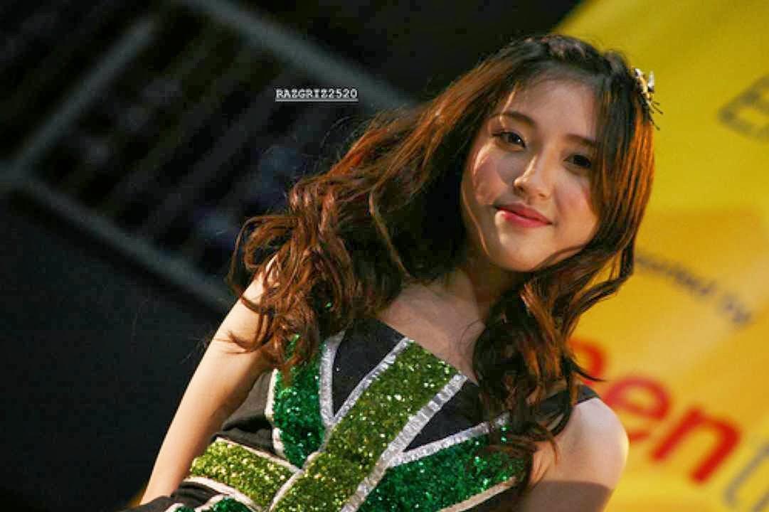 Kumpulan Foto Shinta Naomi JKT48 Terbaru dan Terlengkap