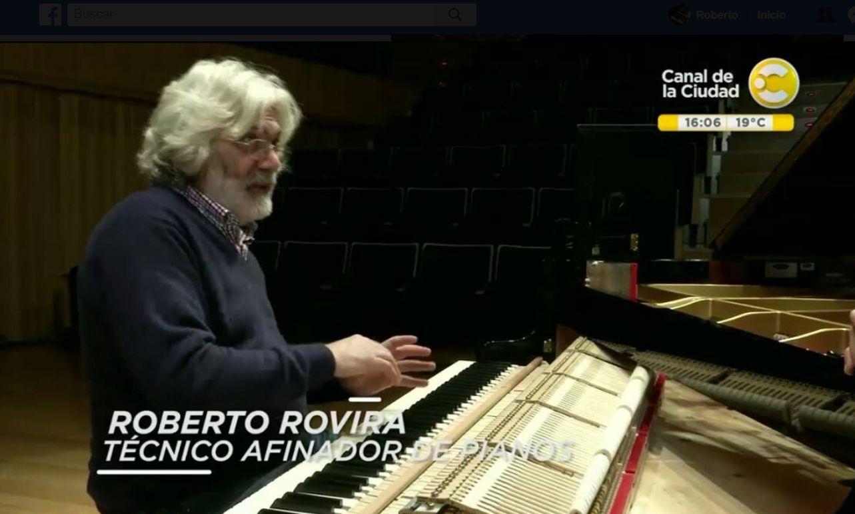 Roberto Rovira en el programa Ciudad Binaria
