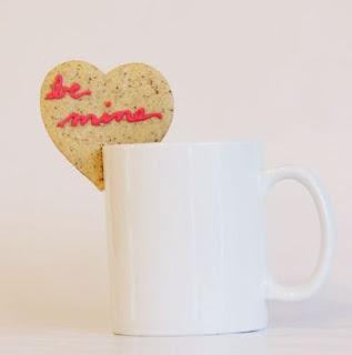 dia dos namorados - biscoito de coração com molde
