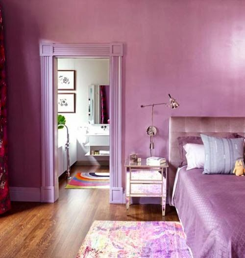 awesome and calming bedroom with Pantone Radiant Orchid wall