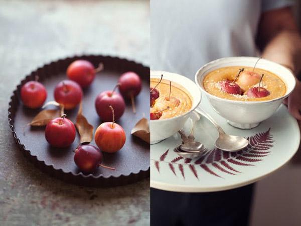 molde para tarta con manzanas pequeñas rojas y postre