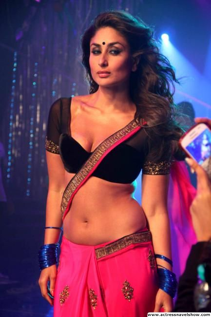 Kareena Kapoor New Item Song Halkat-jawan Saree Navel Show