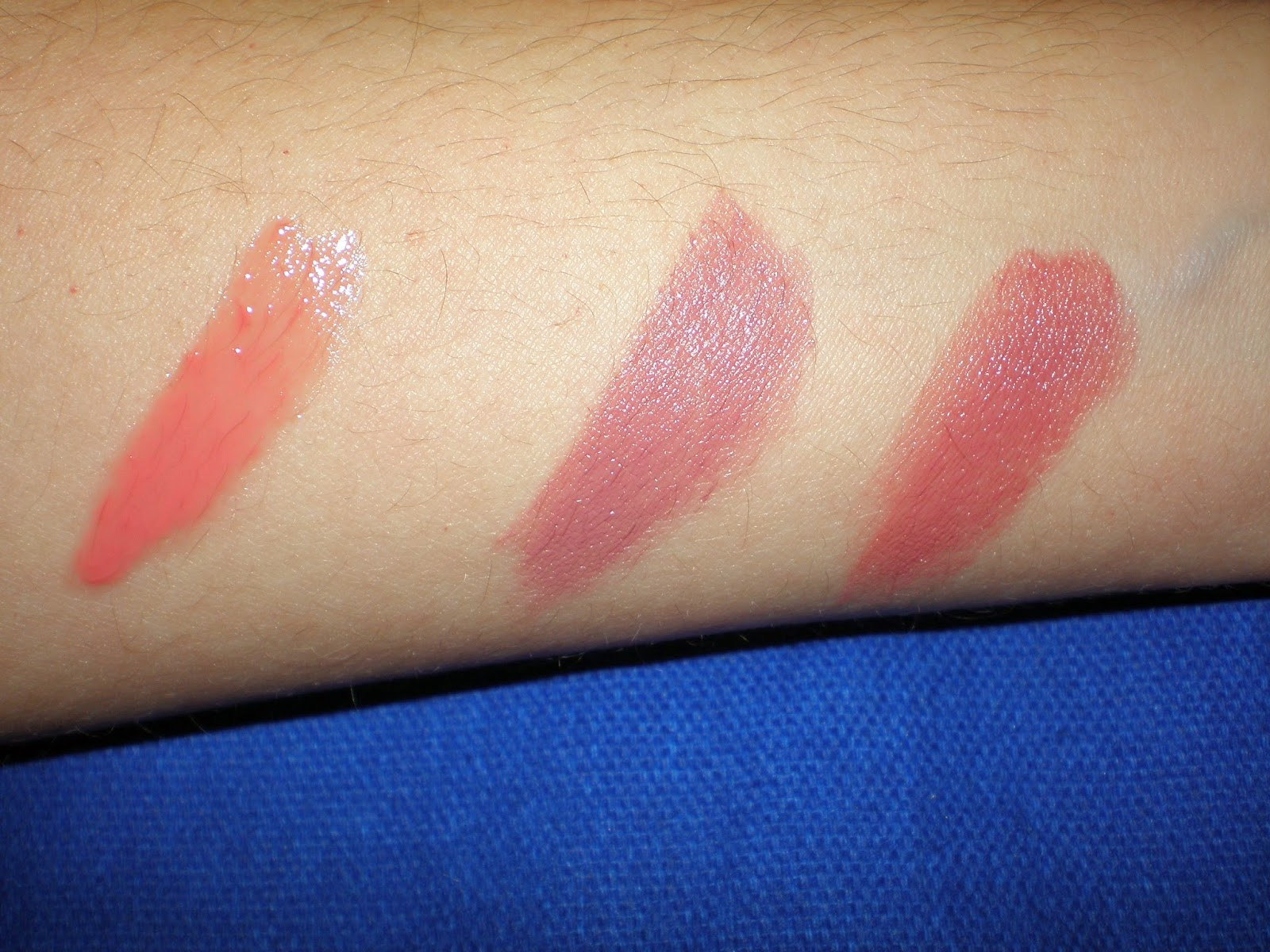 Left to Right: Lipgloss in 03 Taste the sweets, lipstick in 03 Come Naturally and 05 Cool Nude