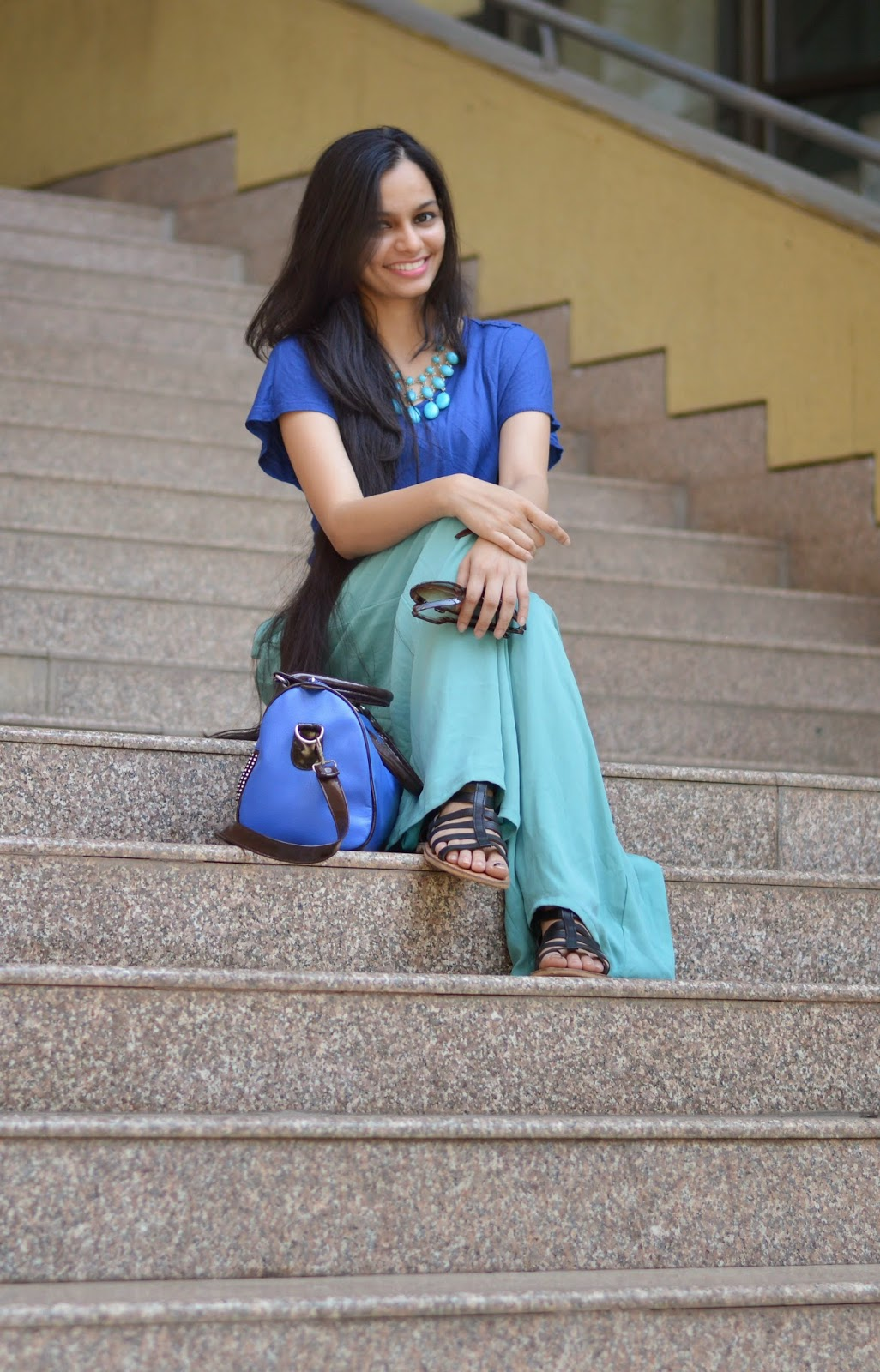 fashionatclick palazzo pants, royal blue lace insert top, gladiators, how to wear bright colors, mumbai street shopping, blue bag, how to wear palazzo pants, lace top, mumbai streetstyle, mumbai fashion blogger