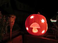 kürbis schnitzen halloween pumpkin deko herbst