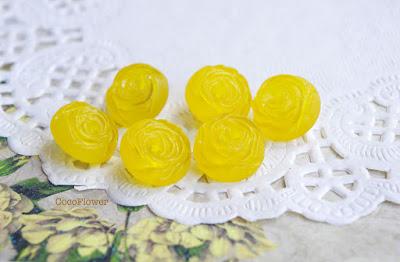bouton vintage jaune en forme de ros - www.cocoflower.net